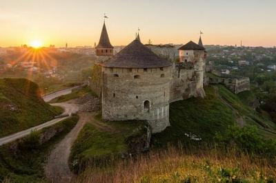 Фото Старої фортеці перемогло у двох номінаціях конкурсу від Вікіпедії